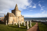 The Auld Kirk and Kirkyard on the Fife Coast at St Monans  Fife  Scotland  United Kingdom  Europe