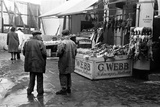 A Day in the Life of Shepherd's Bush Market  1948