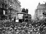 Ve Day Celebrations in London 1945
