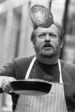 266 Pancake Flips in 2 Minutes  1990