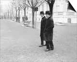 Wilbur and Orville Wright Walking