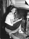 Kathleen  Shirley Temple  Catching Up on Her Reading Between Takes  1941
