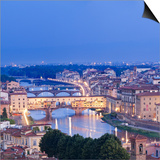 Italy  Italia Tuscany  Toscana Firenze District Florence  Firenze Ponte Vecchio and Arno River