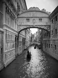 Bridge of Sighs, Doge's Palace, Venice, Italy Reproduction d'art par Jon Arnold
