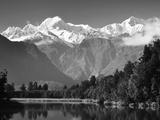 Lake Matheson  Mount Tasman and Mount Cook  Westland Tai Poutini National Park  New Zealand