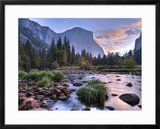 Early Sunrise  Yosemite  California  USA