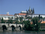 The Charles Bridge  the Castle and St Vitus Cathedral  Prague  Czech Republic