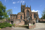 Lady Wulfrun Statue and St Peters Church  Wolverhampton  West Midlands