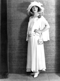 Betty Compson  Modeling a White Crepe Travelling Frock  1923