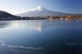 Lake Kawaguchi  Mount Fuji  Japan