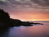 USA  Maine  Acadia National Park  Sunrise over the Atlantic Ocean