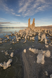 Tufas at Sunset on Mono Lake  Eastern Sierra Nevada Mountains  CA
