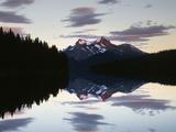 Canada  Alberta  Jasper NP  Mountains Reflecting in Maligne Lake