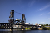 Oregon  Portland Steel Bridge Spans the Willamette River