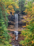 Michigan  Upper Peninsula Munising Falls in Autumn