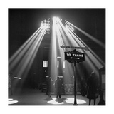 Sunbeams in Chicagos Union Station  1943