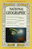 Cover of the April  1960 National Geographic Magazine