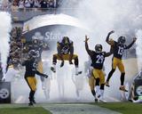 Pittsburgh Steelers Take the Field