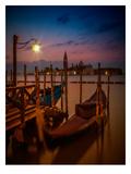 Venice Gondolas At Sunrise Reproduction d'art par Melanie Viola