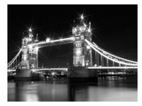 London Tower Bridge - Monochrome Reproduction d'art par Melanie Viola