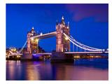 London Tower Bridge At Blue Hour Reproduction d'art par Melanie Viola