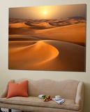 Intense Sun over sand dunes around Dubai
