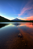 Sunset Reflection and Clouds at Trillium Lake  Mount Hood  Oregon
