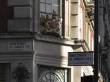 Crest  Fortnum and Mason  Piccadilly  London