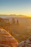 Usa  Utah  Canyonlands National Park  Island in the Sky District  View from Mesa Arch  Sunrise