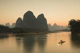 Cormorant Fisherman on Li River at Dusk  Xingping  Yangshuo  Guangxi  China