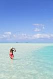 Woman at Blue Lagoon  Fakarava  Tuamotu Islands  French Polynesia (Mr)