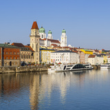 Old Town Skyline and the River Danube  Passau  Lower Bavaria  Bavaria  Germany