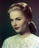 Martha Hyer Portrat in White Dress