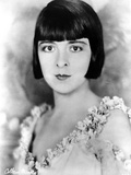 Colleen Moore on a Sleeveless and Portrait