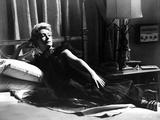 Deborah Kerr Lying on Bed and posed