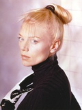La Femme Nikita as Nikita Side View Pose