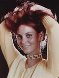 Lesley Warren Portrait in Yellow Sweater