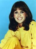 Marlo Thomas Portrait in Yellow Sweater