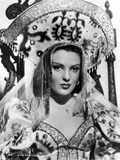 Linda Darnell posed wearing Queen Outfit in Black and White