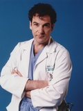 Mandy Patinkin Posed in Doctor Outfit with Arm's Cross