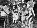 Wizard Of Oz Dorothy People Reading in Black and White