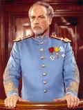 Richard Dreyfuss standing in General Uniform