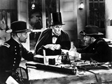 Walter Huston talking in Classic