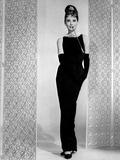 Audrey Hepburn Little Black Dress Breakfast at Tiffany's +tograph Hi