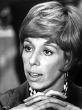 Carol Burnett wearing Necklace and Hands Holding