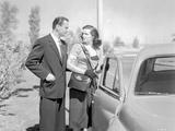 Las Vegas Story Classic Couple Portrait with A Car