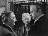 Citizen Kane Three People Talking in Movie Scene