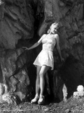 Carole Landis in a Checkered Bra and Skirt