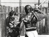 Kirk Douglas Blocked a Spear Fighting Scene