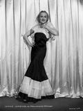 Carole Lomabrd posed in Classic Portrait